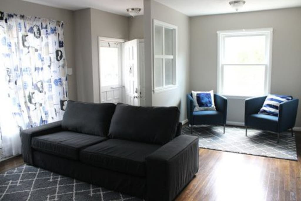 Spacious, sunny Living room and sitting area