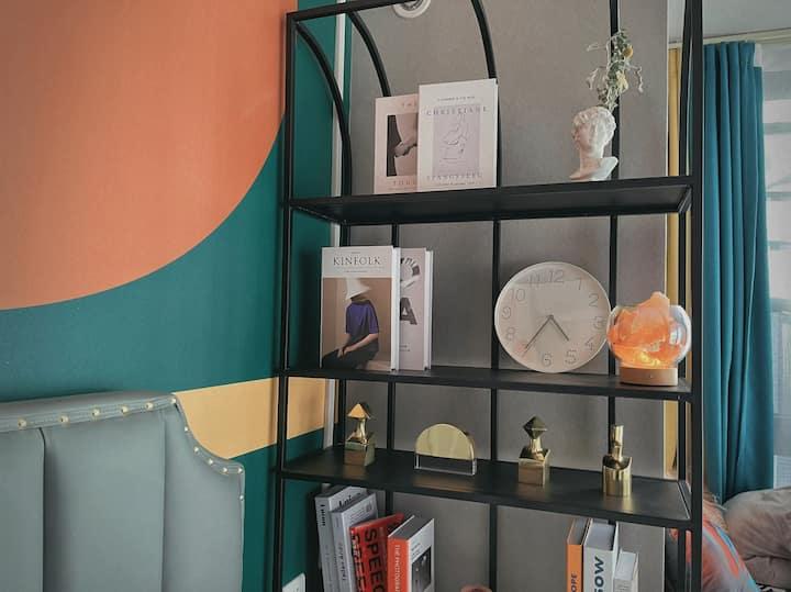 舒适地带 comfort zone  一个可以看书。影吧 。约会的私人空间