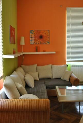 Modern and cheap apartment! - Pula - Departamento