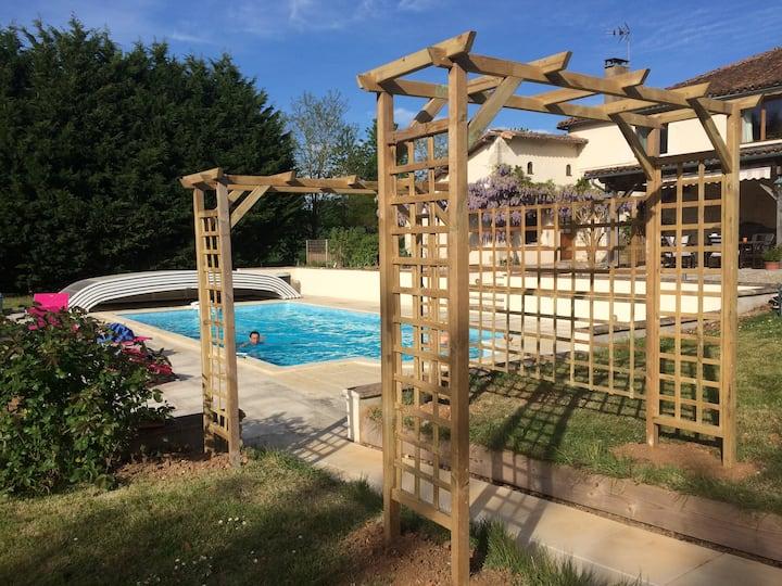 La Loge, Jasmine - 3 bedroom house + outdoor pool