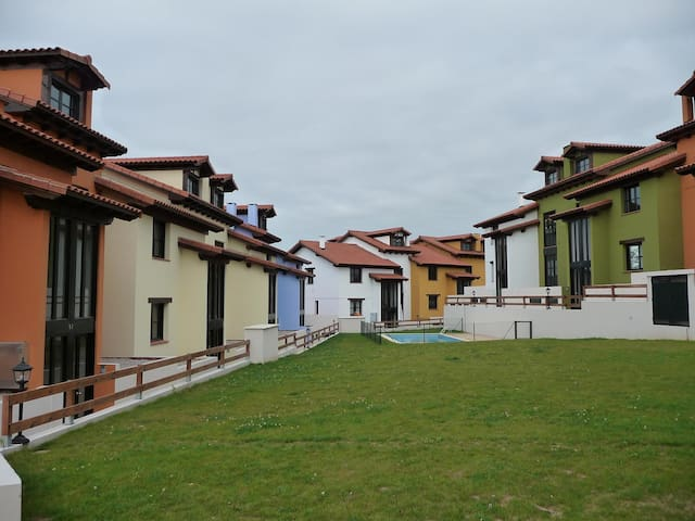 Duplex in Colombres near the beach - Colombres - Appartamento
