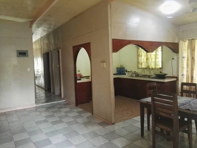 Budget home stay 15 minutes from Kokopo CBD