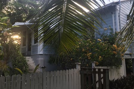 One bedroom tropical Conch House - Sugarloaf key - Haus
