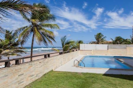 Beautiful Beachfront Villa, Bahia