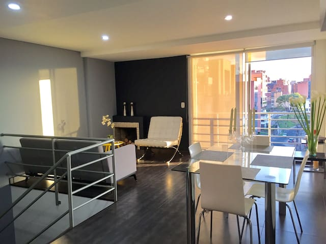 Comfortable Room Duplex Apartment - Bogota