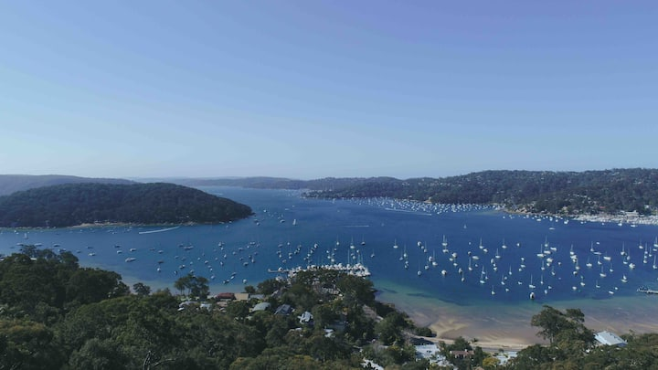 "The Esplanade Peak - an ""Lookout"" over Pittwater"