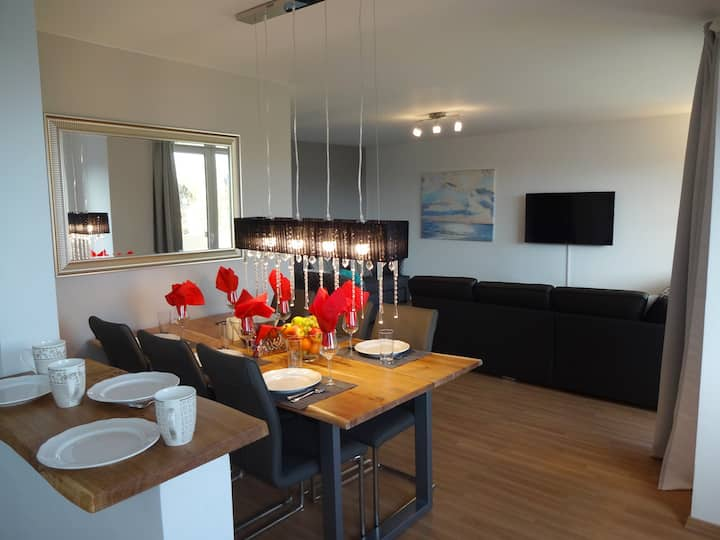 Luxury Apartment on Dachau Train Station