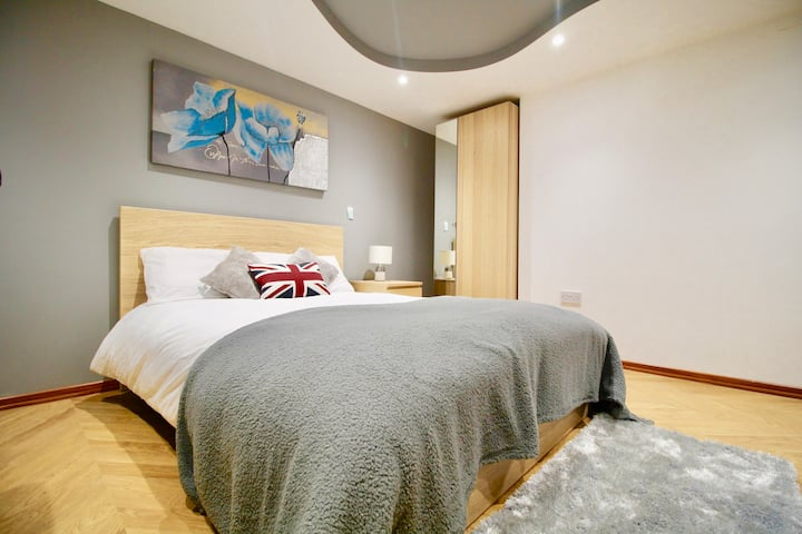 #StayHere 2- Close to Leeds City, Sleeps 3