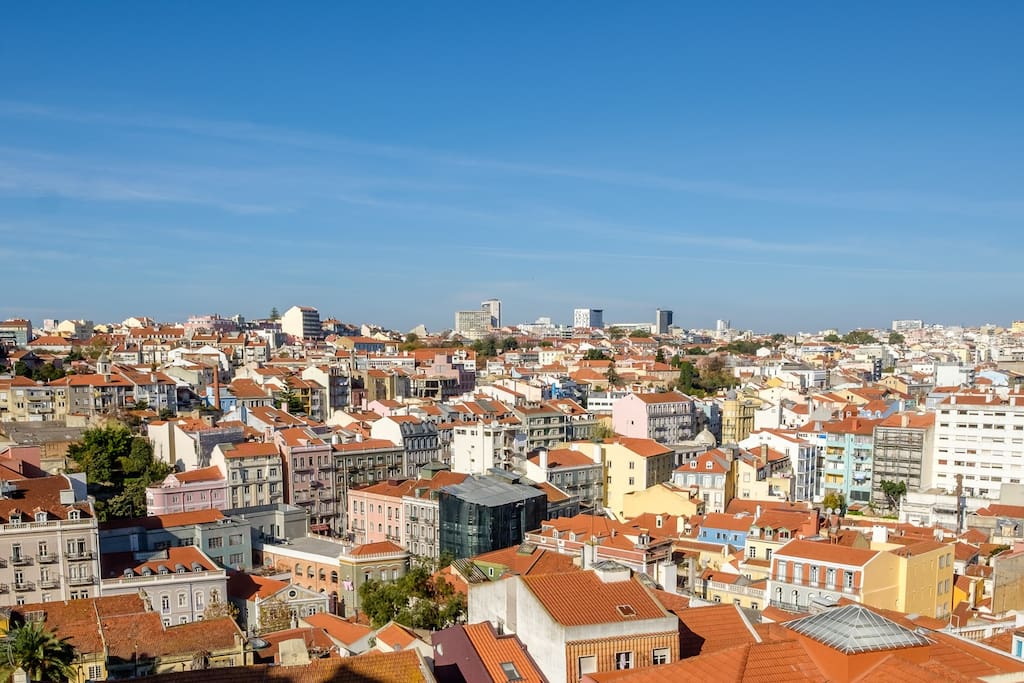 """The amazing city view from the apartment window """"Graca 1900"""" - Holiday Rental Apartments Lisbon"""
