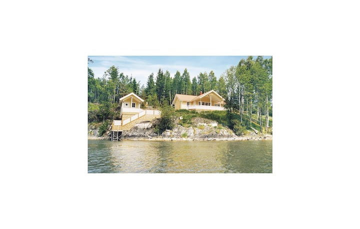 Stunning home in Segmon with Sauna and 3 Bedrooms