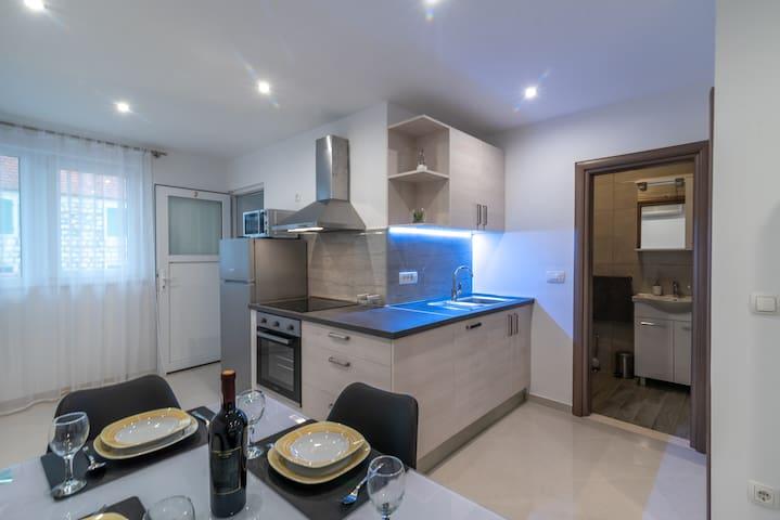 Apartment Dalmacija 1