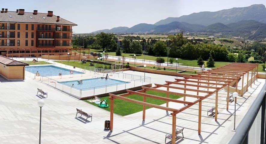 Wi-Fi, piscina y parking GRATIS