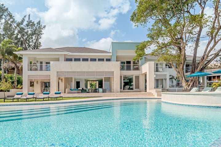 Buttonwood Reef & Sea Biscuit Estate