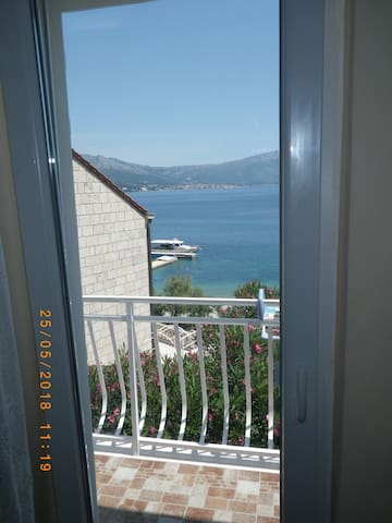 A2-apartment 50m from the beach with the sea view