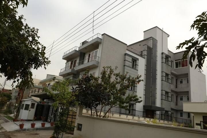 BMS HOUSE
