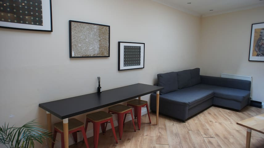 *Tulip 2* One bedroom ground floor apartment