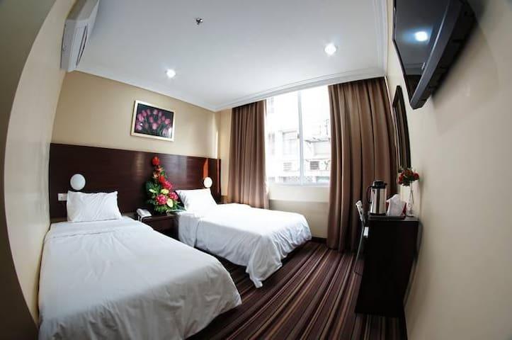 HOTEL GDS KUALA LUMPUR @ SUPERIOR TWIN ROOM 2
