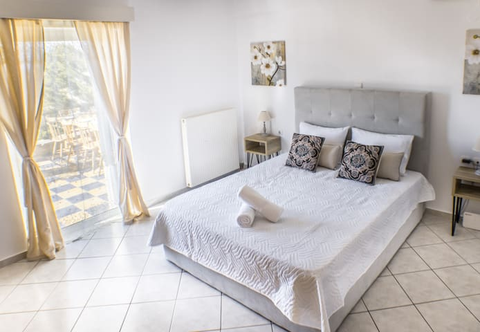 Master bedroom with double bed and stunning views!