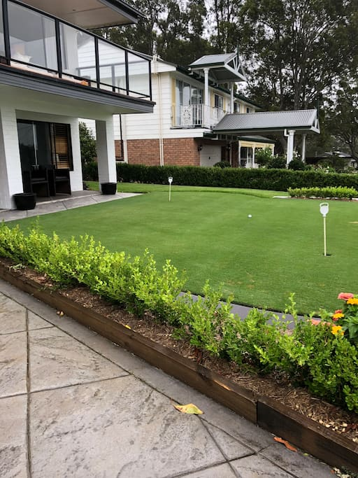 Putting Green - Front Yard