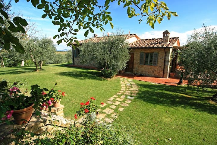Splendid villa located in the heart of Chianti - Gambassi Terme - Hus