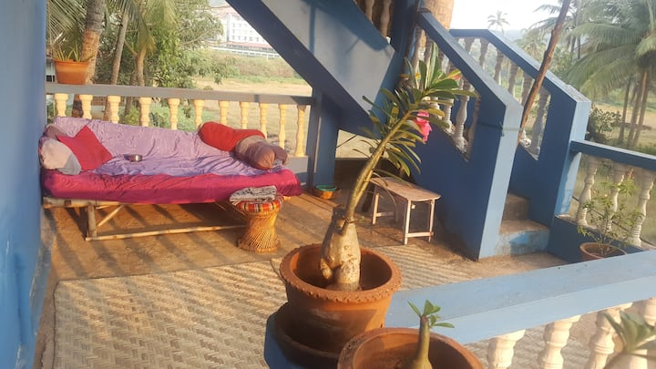 Navilles Villa, 1 min to Arambol Beach