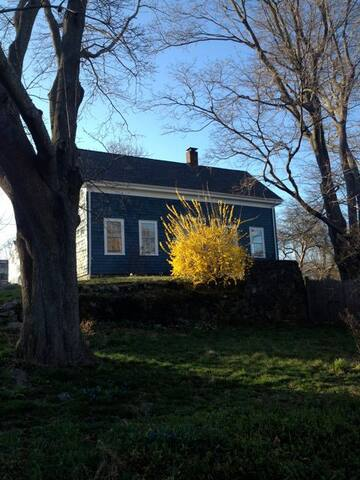 Maple Cottage BnB in Marblehead! - Marblehead