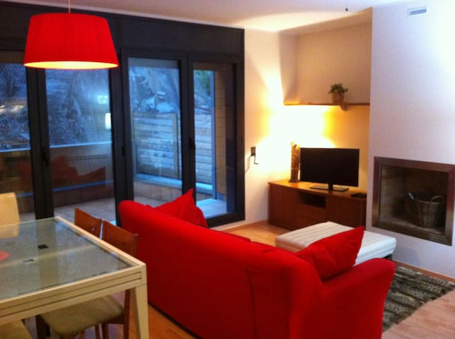 Cozy new apartment at El Tarter - El Tarter - Leilighet