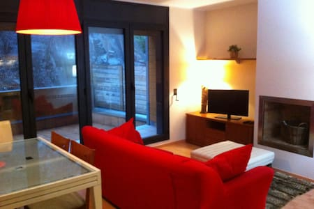 Cozy new apartment at El Tarter - El Tarter - Wohnung