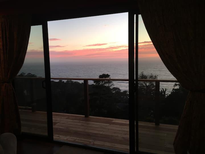 GreyHavens, studio apartment, Carmel Highlands, CA