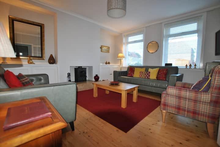 Sunnybraes- Coastal home with sea views Pittenweem