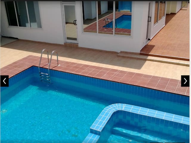 Serviced room in Residence* - Accra