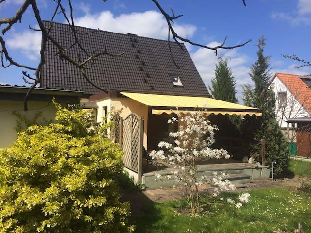 Häuschen mit großem Garten - Pasewalk - Rumah