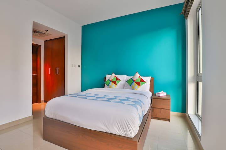 Elegant 1BHK Stay in Standpoint Tower A