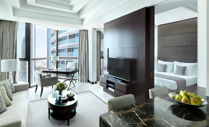 Luxury 1 Bedroom Apartment-Bab Al Qasr Residences