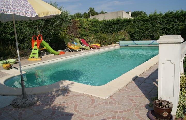 jolie maison en Provence .. piscine et parking