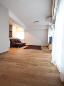 Large Private Apt, Newly Renovated! - Shibuya