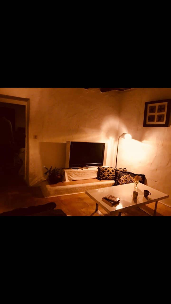 Private room in authentic Finca at 5m from center