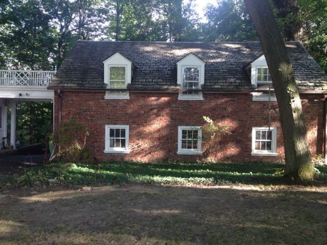 The Carriage House on Oak Hill Road.