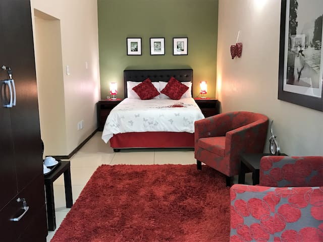 The Garden's Boutique Hotel - Room 9 Standard Room - Roodepoort - Boutique hotel