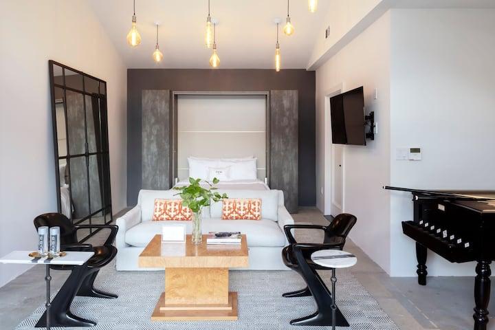 Calistoga Modern Pool House Suite