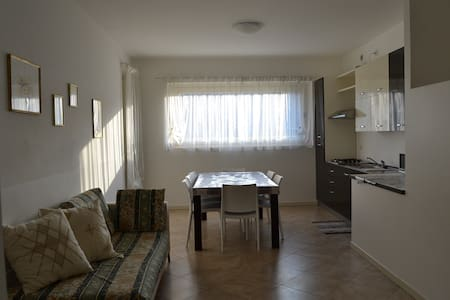 Apartmen with garden - Entratico - Huoneisto
