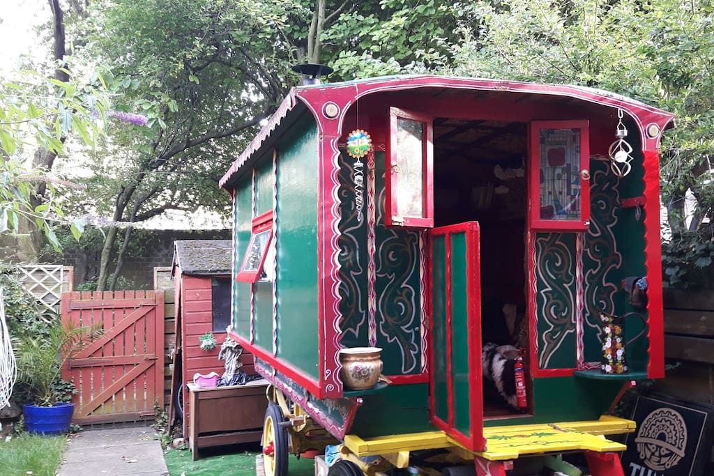 a traditional gypsy wagon(vardo) from hereford. a good comfy place to stay!