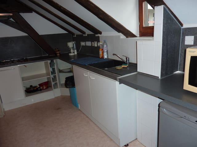 chambre 1 privée dans maison en colocation.