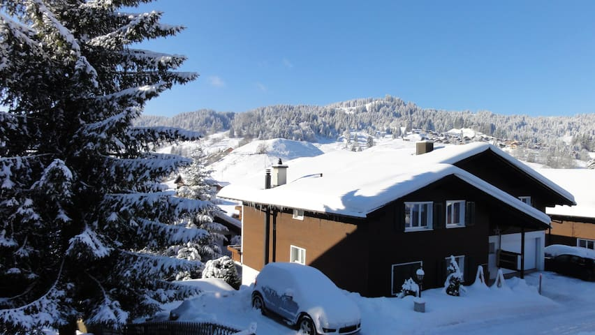 Oberiberg - cosy apartment for all seasons