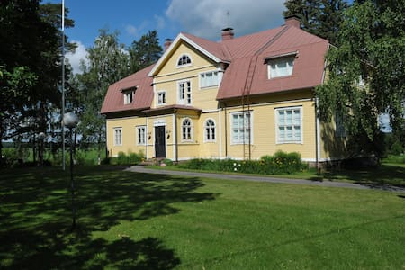 Country House in Traditional Style - Loviisa