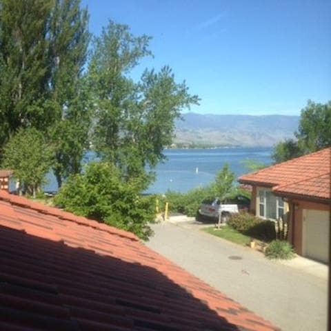 Osoyoos Lakefront Townhome