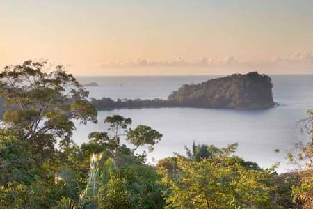 Beachhouse with Great Ocean View! - Manuel Antonio