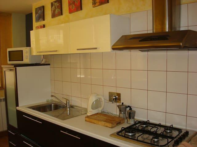 Simple but efficient kitchen.
