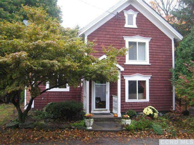 Chatham NY Victorian Cottage