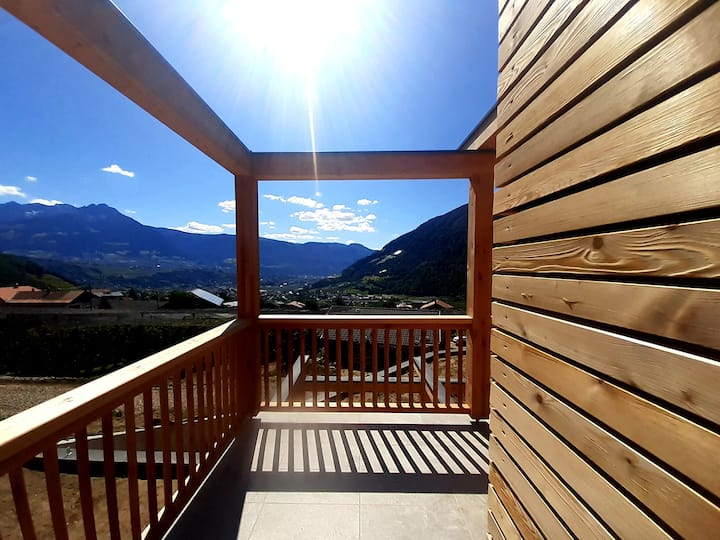 Charming Holiday Apartment Winkelgut with Wi-Fi, balcony, mountain view and wonderful views; parking available